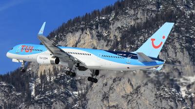 G-OOBE - Boeing 757-28A - TUI