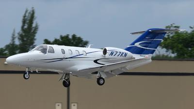 A picture of N77KN - Cessna 525 Citation M2 - [5250821] - © Orlando Suarez