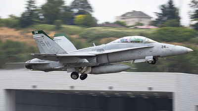 164009 - McDonnell Douglas F/A-18D Hornet - United States - US Marine Corps (USMC)
