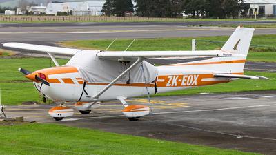 A picture of ZKEOX - Cessna 172N Skyhawk II - [17272561] - © Sebastian Sowa