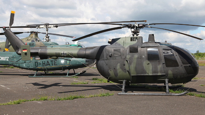 98-20 - MBB Bo105C - Germany - Army