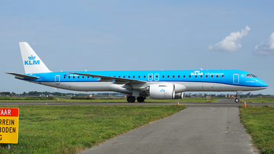 A picture of PHNXA - Embraer E195E2 - KLM - © S. Eckhardt