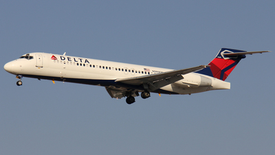 N989DN - Boeing 717-23S - Delta Air Lines