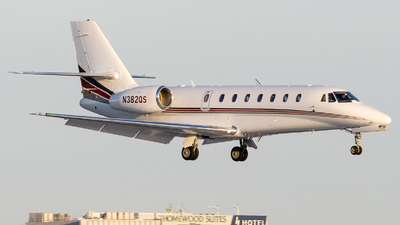 N382QS - Cessna 680 Citation Sovereign - NetJets Aviation