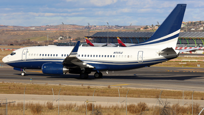 N737LE - Boeing 737-75V(BBJ) - Private