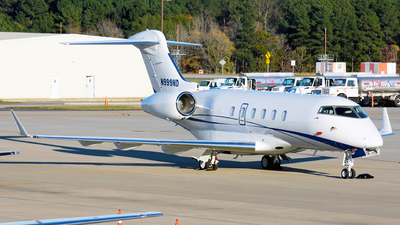 N999ND - Bombardier BD-100-1A10 Challenger 300 - Private