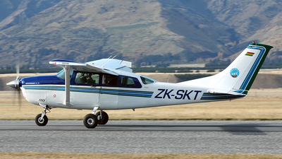 ZK-SKT - Cessna U206G Stationair 6 - Private