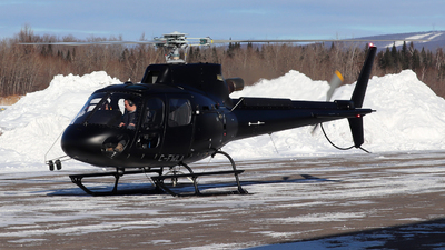 C-FWLA - Aérospatiale AS 350B3 Ecureuil - Wendake Hélicoptère