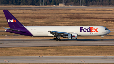 A picture of N173FE - Boeing 7673S2F(ER) - FedEx - © Roger M