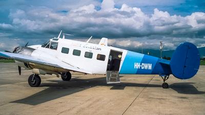 HH-DWM - Beech E18S - Haiti Aviation