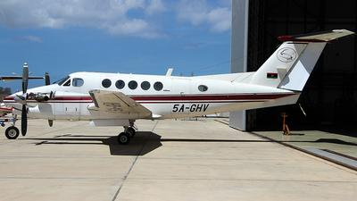 5A-GHV - Beechcraft B300 King Air 350ER - Petro Air