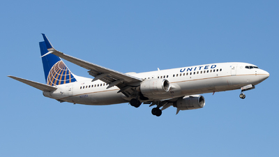 A picture of N37253 - Boeing 737824 - United Airlines - ©  Sebastian Colaizzi
