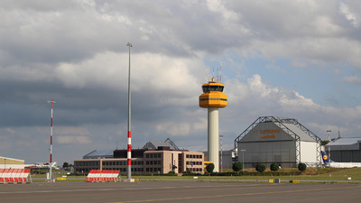 EDDH - Airport - Control Tower
