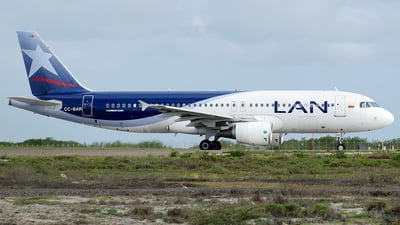 CC-BAR - Airbus A320-214 - LAN Colombia (Aires Colombia)