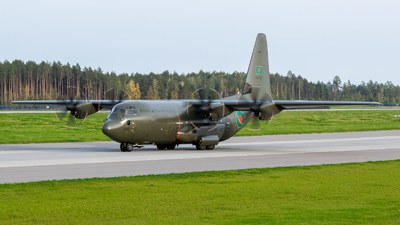 99-5482 - Lockheed Martin Hercules C.5 - Bangladesh - Air Force