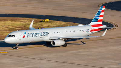 A picture of N148AN - Airbus A321231 - American Airlines - © Sweet Potato