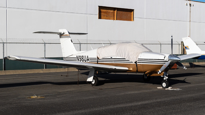 A picture of N98UA - Piper PA28RT201 - [28R8018035] - © Alex Crail