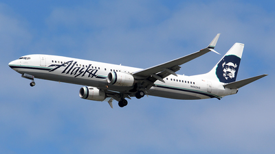 A picture of N442AS - Boeing 737990(ER) - Alaska Airlines - © Huy Do
