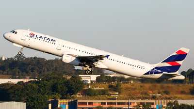 PT-MXE - Airbus A321-231 - LATAM Airlines