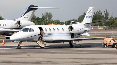 A picture of N832JS - Cessna 560XL Citation Excel - [5605070] - © Alexandre Fazan