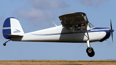 N89039 - Cessna 140 - Private