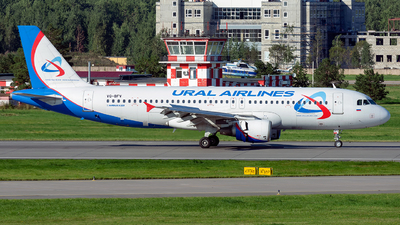 VQ-BFV - Airbus A320-214 - Ural Airlines