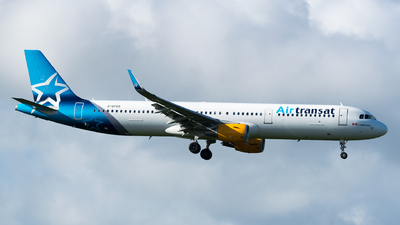 A picture of CGTXO - Airbus A321211 - [7055] - © Felipe Betancur Montoya