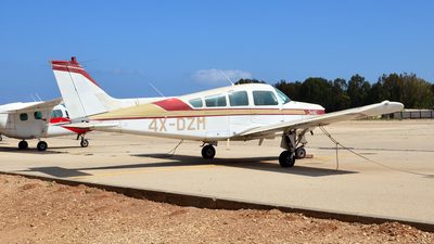 4X-DZM - Beechcraft C24R Sierra - Private