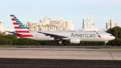 A picture of N750AN - Boeing 777223(ER) - American Airlines - © Angel Natal