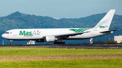 A picture of N363CM - Boeing 767338(ER)(BDSF) - MasAir Cargo Airline - © Alfredo La Red