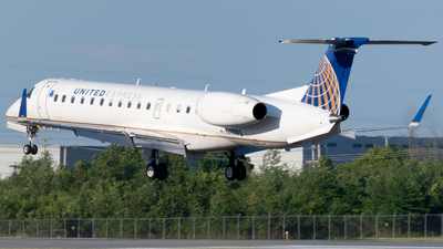 A picture of N11193 - Embraer ERJ145XR - United Airlines - © Andrew Wu
