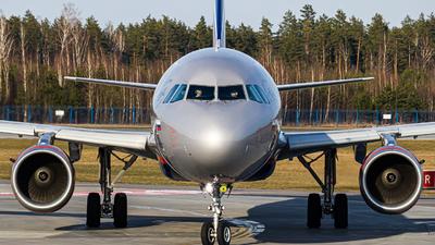 VQ-BTT - Airbus A321-211 - Aeroflot