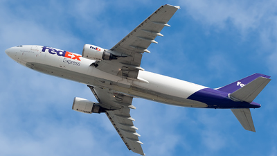 A picture of N655FE - Airbus A300F4605R - FedEx - © Mark Lawrence