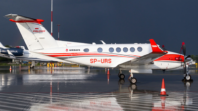 SP-URS - Beechcraft 250 King Air - Private
