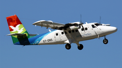 A picture of S7DNS - Viking DHC6400 Twin Otter - Air Seychelles - © Michael Stappen