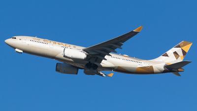 A6-EYI - Airbus A330-243 - Etihad Airways