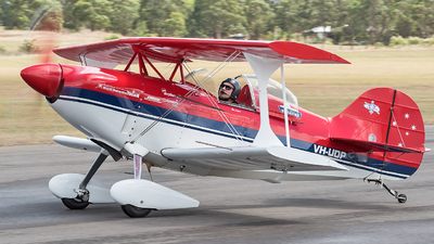VH-UDP - Pitts S-1E - Paul Bennett Airshows