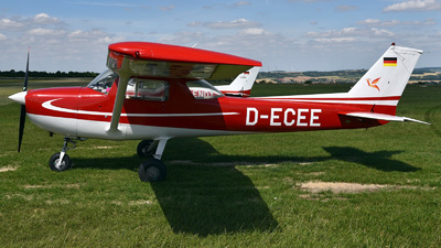D-ECEE - Reims-Cessna F152 - Private
