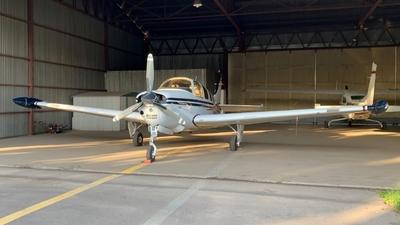 CC-ASL - Beechcraft G36 Bonanza - Private