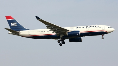 N290AY - Airbus A330-243 - US Airways