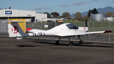 ZK-SFJ - Diamond DA-20-C1 Eclipse - L3 Airline Academy