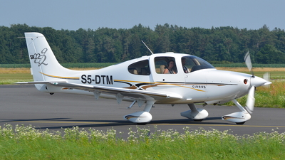 S5-DTM - Cirrus SR22-G2 - Private