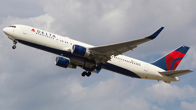 A picture of N189DN - Boeing 767332(ER) - Delta Air Lines - © Redjive