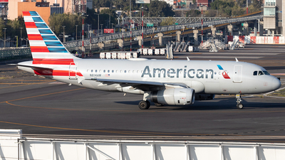 A picture of N814AW - Airbus A319132 - American Airlines - © Felipe Garcia