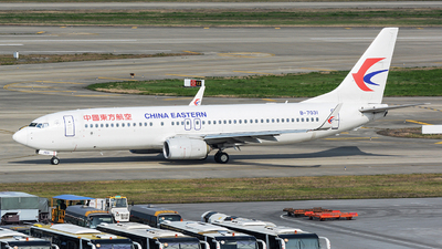 B-7031 - Boeing 737-89P - China Eastern Airlines