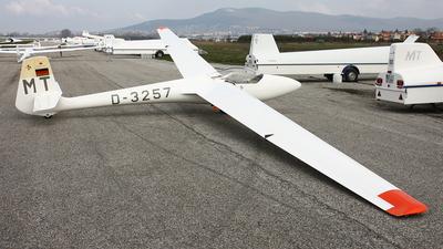 D-3257 - Glasflugel 201B Standard Libelle - Private