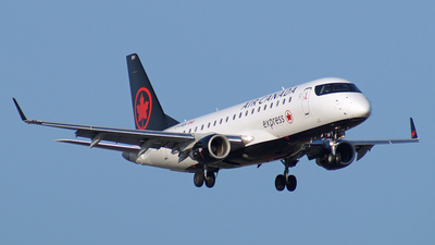 C-FRQK - Embraer 170-200SU - Air Canada Express (Sky Regional Airlines)