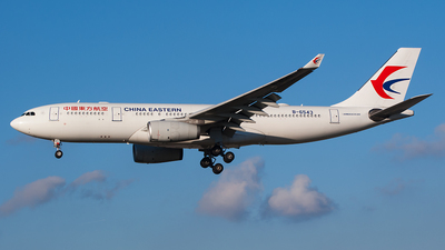 B-6543 - Airbus A330-243 - China Eastern Airlines
