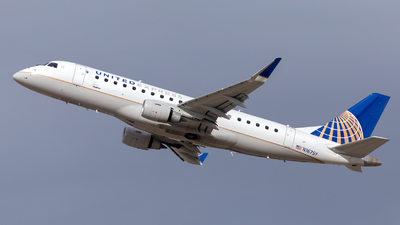 A picture of N167SY - Embraer E175LR - United Airlines - © HA-KLS