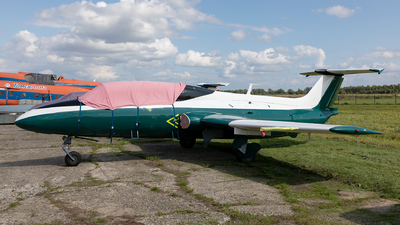 18 - Aero L-29 Delfin - Private